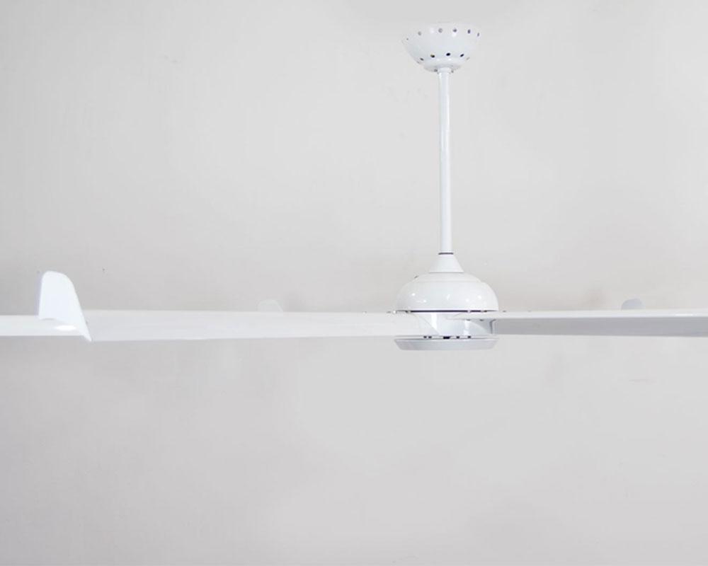 Quạt trần cánh lớn NEVIS màu WHITE alumium 93YFT7046W